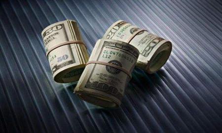 中国为什么持有大量的美国国债?